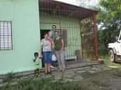 En Amparo i Pilar a casa